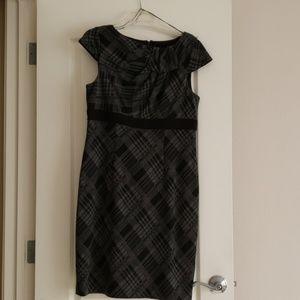 Adriana Papel plaid black/ grey work dress